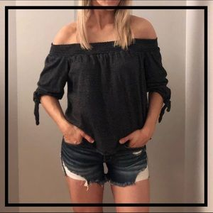 Tops - Adorable Black + White Stripe Blouse